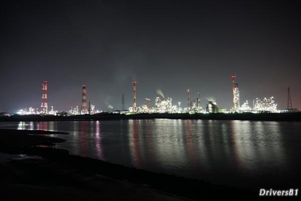工場夜景ホワイトバランス=蛍光灯(白色)で撮影、見たままの光景